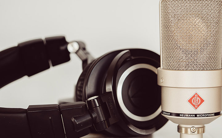best microphones for voice overs and Headphones